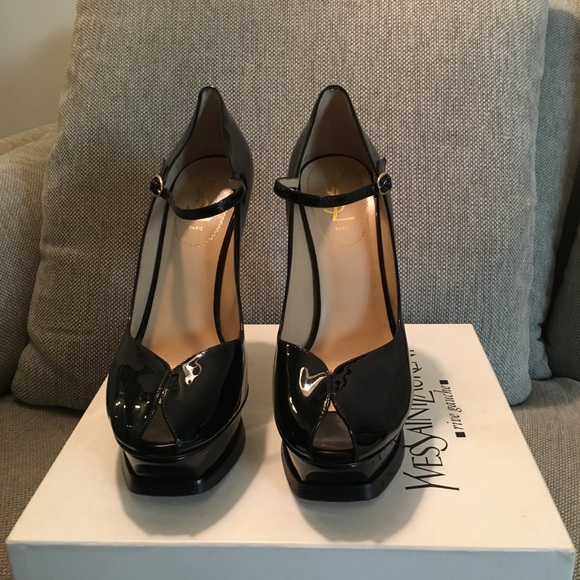 73cf49b89dd Yves Saint Laurent Shoes | Ysl Blk Patent Leather Mary Jane Euro ...
